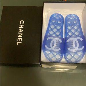 Chanel Slides size 38 E